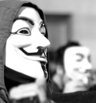 Anonymous em manifestação pelo Wikileaks